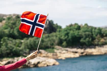 tisch-skandinavien4
